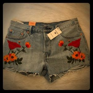 Levi's flower embroidered jean shorts